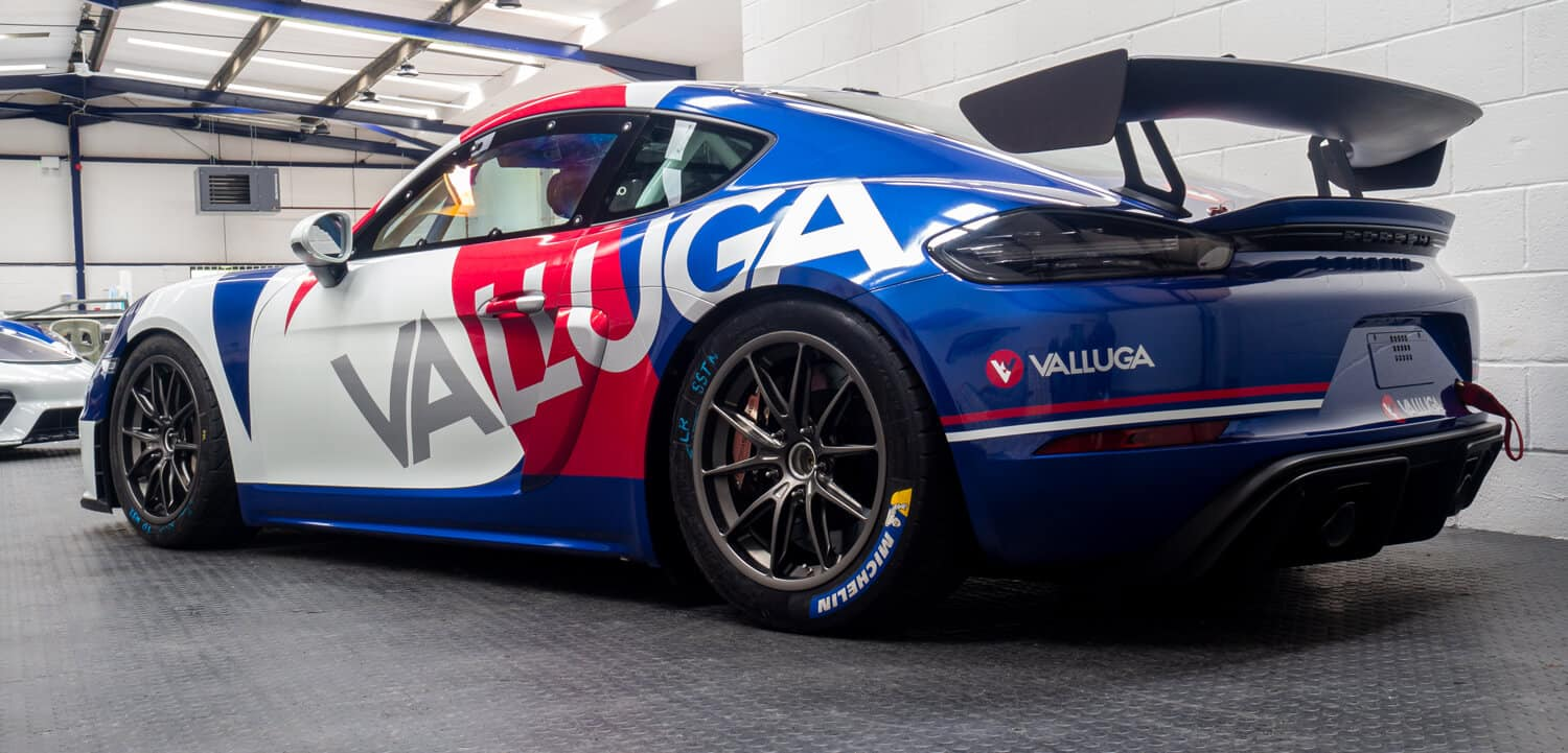 3sixtywraps_race-car-wraps_gallery_21_valluga-racing
