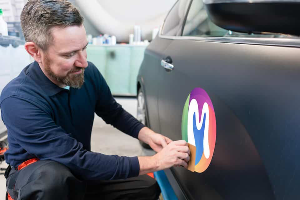 Customising Your Company Vehicle: Why You Should Choose Wrapping Over Repainting